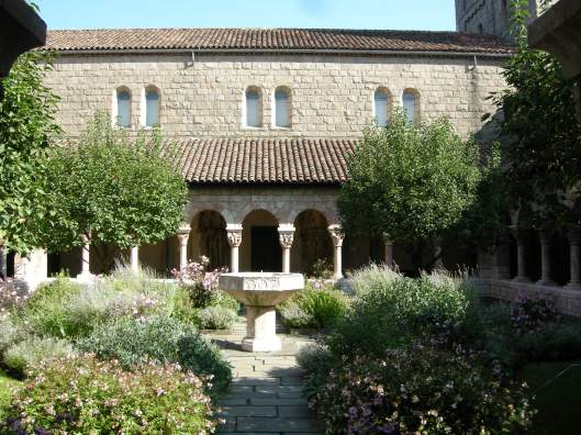The_cloisters,_cuxa_cloister_04.jpg