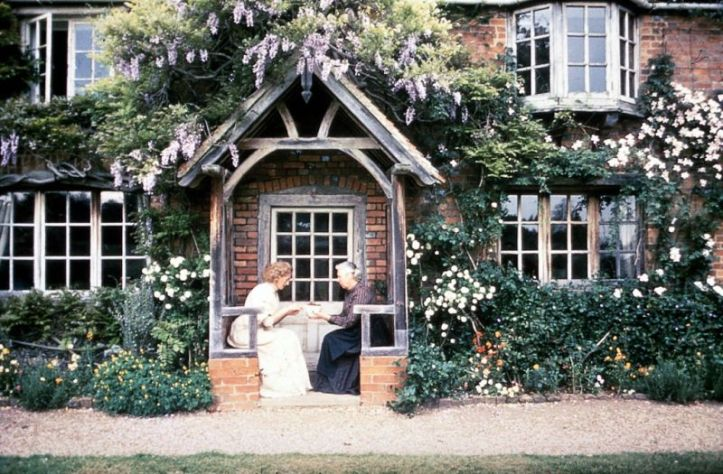 Howards End front house.jpg